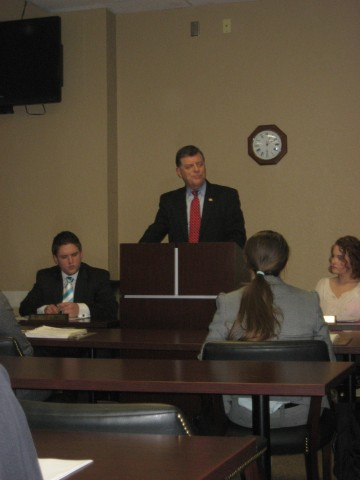 U.S. Rep. Tom Cole addresses RSC students in an open forum format. Photo by Logan Pierce