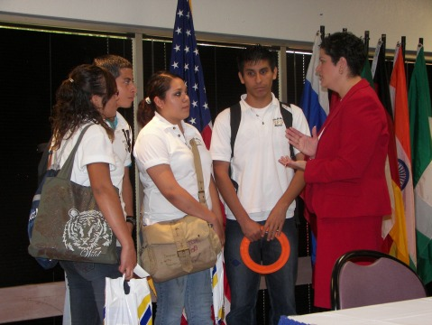 Immigration attorney Giovanni Perry speaks to students during the HSA event. Photo Courtesy of Erica Alvarez